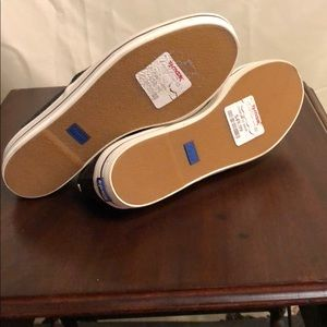 kate spade Shoes - NWT ♠️ KATE SPADE ♠️ glitter sneakers